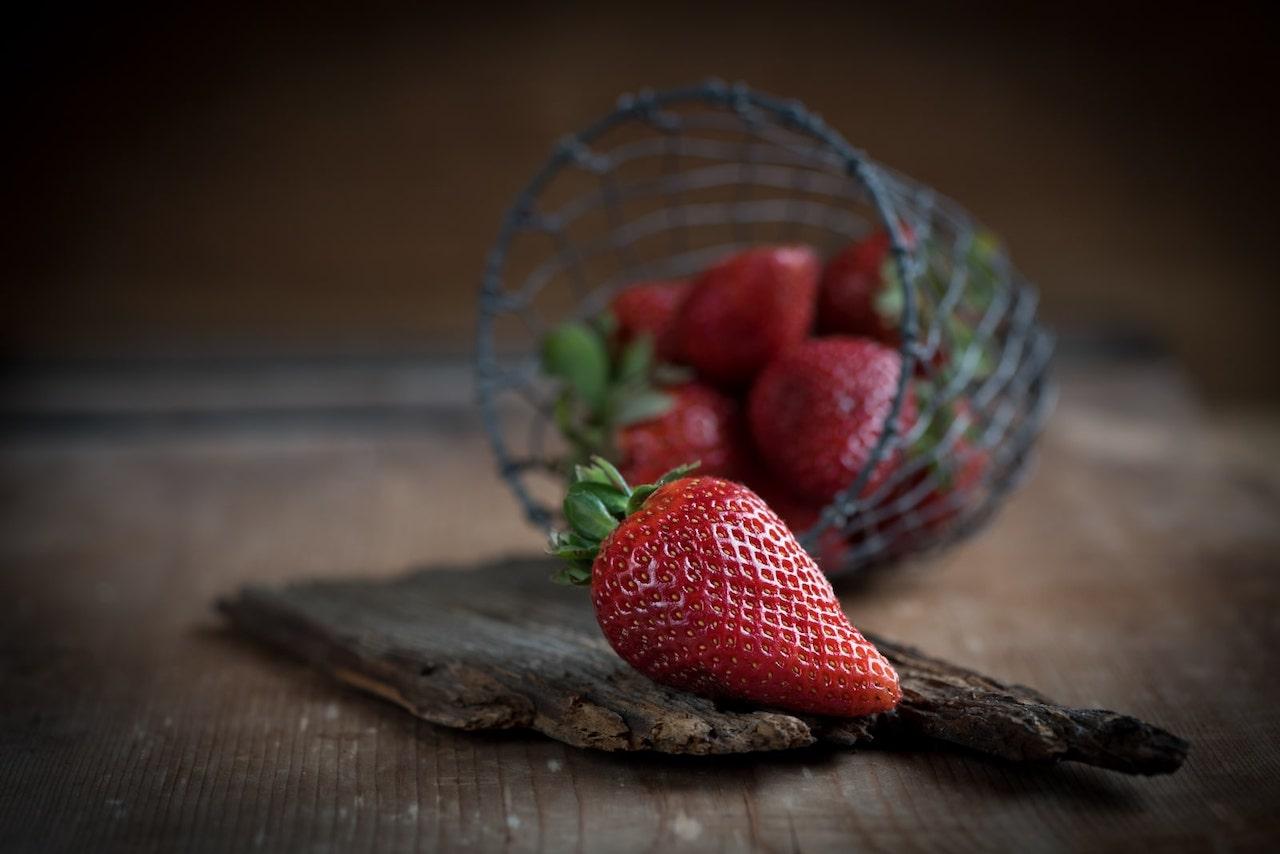 Erdbeeren5b05569e24ff9-min