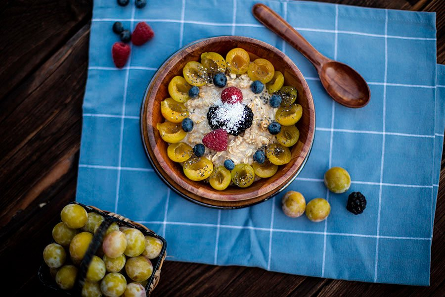 fruehstuecks-porridge-rezept-mirabellen